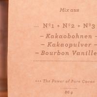 03. Gemahlene Kakaobohnen, Kakaopulver und gemahlene Bourbon Vanille...