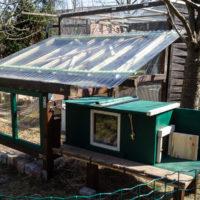 Der *Clou*: Tunnel in den Außenbereich und Schlafhütte für die Rappelnasen.